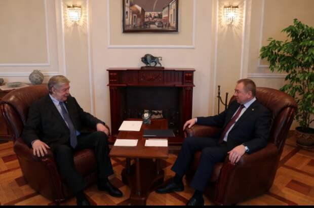В Белоруссию прибыл новый посол России Евгений Лукьянов