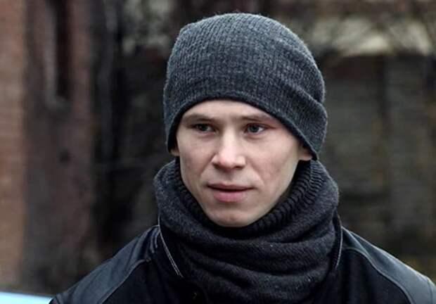 Российские артисты, которые росли без родителей