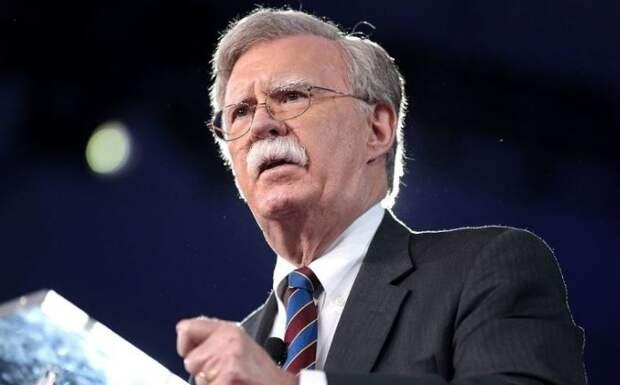 Болтон сообщил, что Штаты готовы перенять опыт России по успешному проведению ЧМ