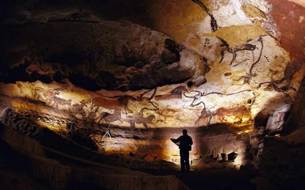 тайны истории, наскальные рисунки, пещера, комета