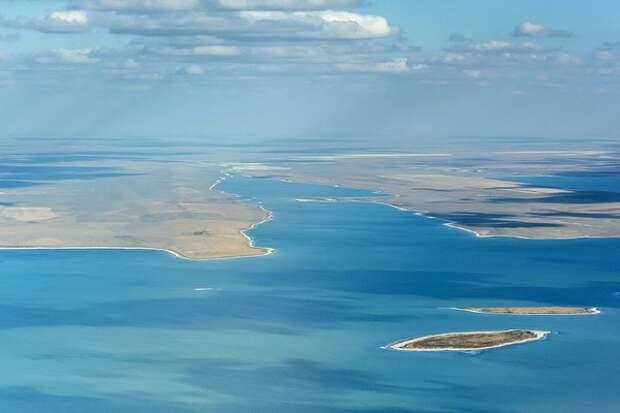 На дно самой глубокой в Мировом океане впадины опустился российский аппарат