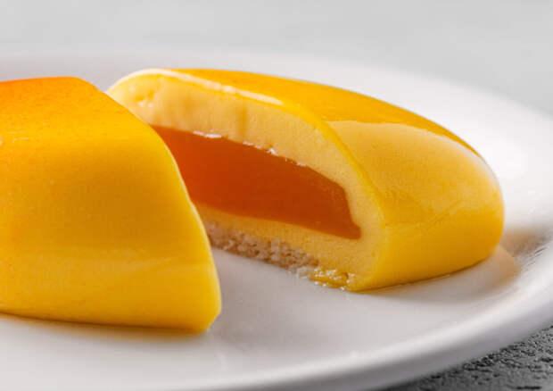 Тропический десерт «Манго»: коллаборация кафе «МореКофеОкеан by Erwin» и бутика Molecule