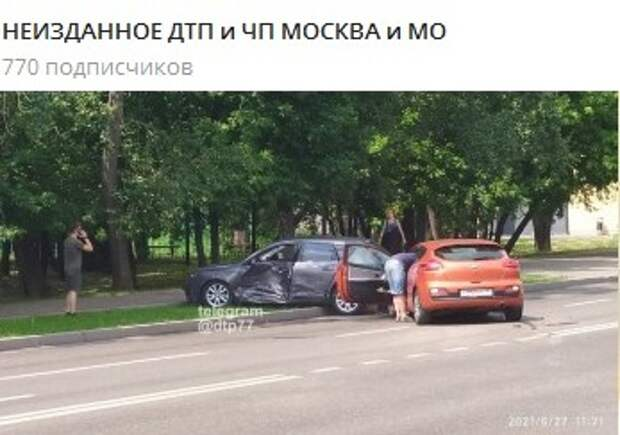 Две легковушки столкнулись на Петрозаводской