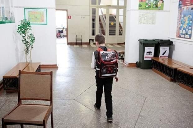 Путин предлагает обязать школы прививать детям патриотизм и уважение к «героям Отечества»