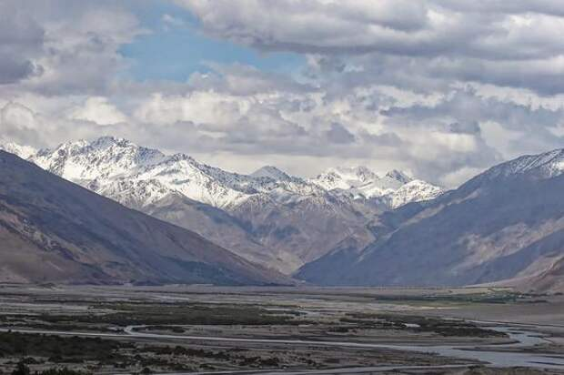 Спецназ киргизских пограничников захватил заставу на территории Таджикистана