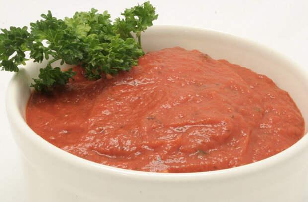 5 самодельных соусов к любой еде: подходят ко всему