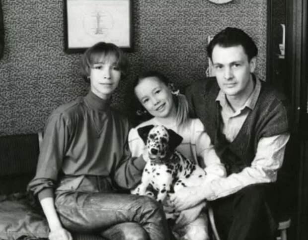 М. Левтова с мужем Ю. Морозом и дочерью Дашей