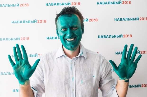 Навальному добавят еще три года