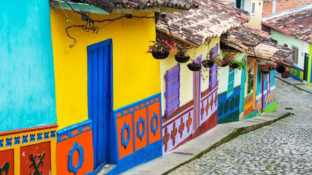 Число случаев заболевания коронавирусом в Колумбии превысило 1 млн человек
