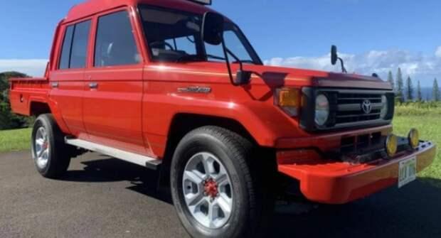В Сети опубликовали снимки любопытного пикапа Toyota Land Cruiser в состоянии «капсулы времени»