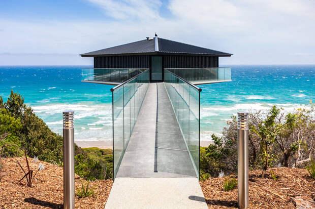 Дом, парящий в 40 метрах над океаном