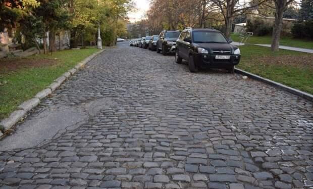 Очередную улицу Севастополя закрыли из-за ремонта