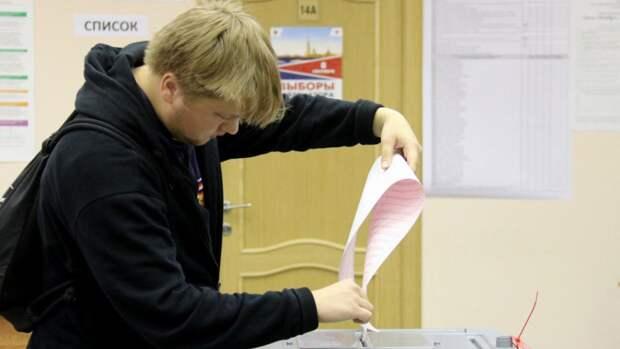Председатель самарского УИК Сульянов отметил важность участия молодежи в выборах