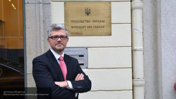 Посол Украины Мельник назвал ударом предложение Германии снять санкции с России