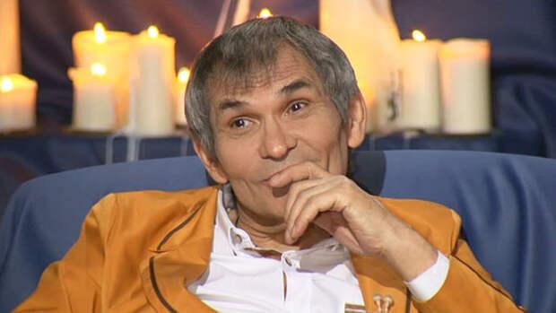Сын Алибасова публично усомнился в версии случайного отравления