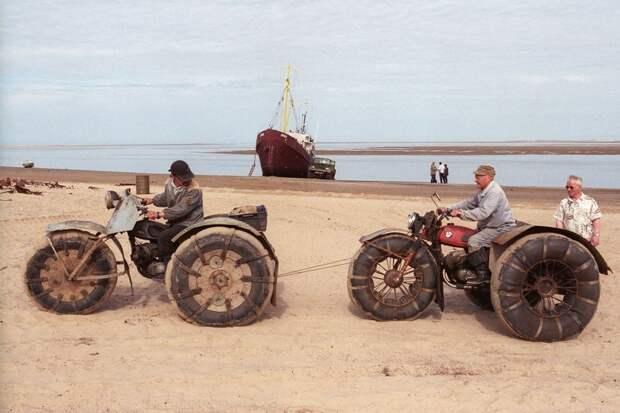 shoyna-sand-buried13