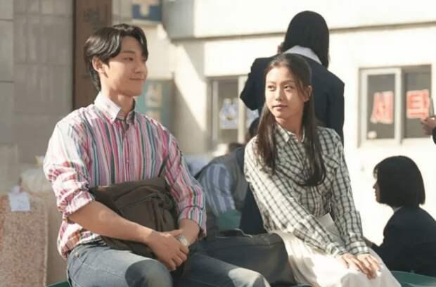 Ли До Хён на свидании с Го Мин Ши в дораме «Майская юность»