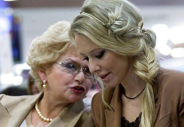 Мать Собчак призналась, что стыдится дочери