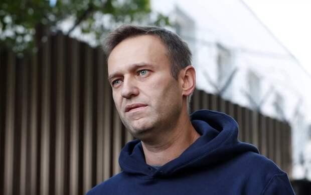 """В Германии сообщили о нескольких предметах с """"Новичком"""" в деле Навального"""