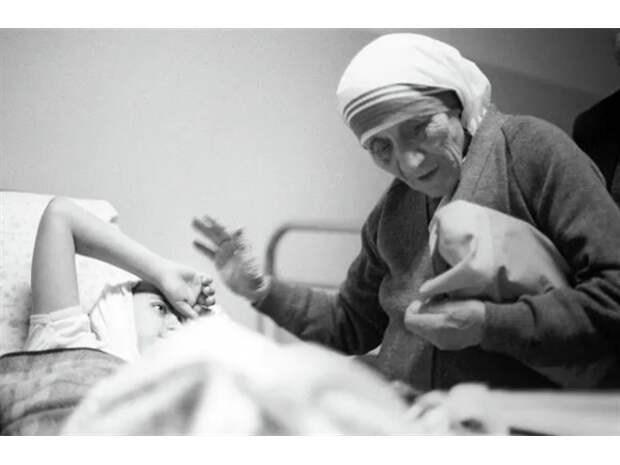 Большой миф о доброй матери Терезе...