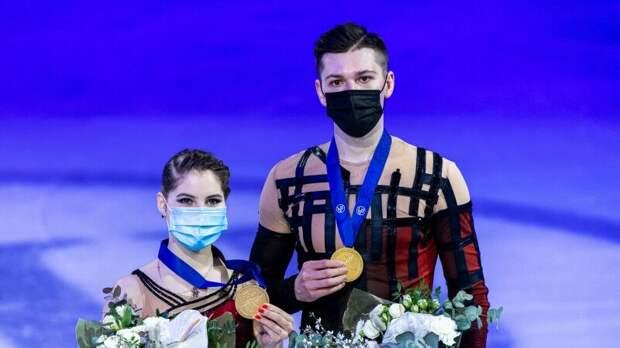 Мишина и Галлямов победили в короткой программе на командном ЧМ в Осаке