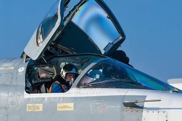 Российские Су-34 уничтожили штаб и технику протурецких джихадистов в сирийском Идлибе