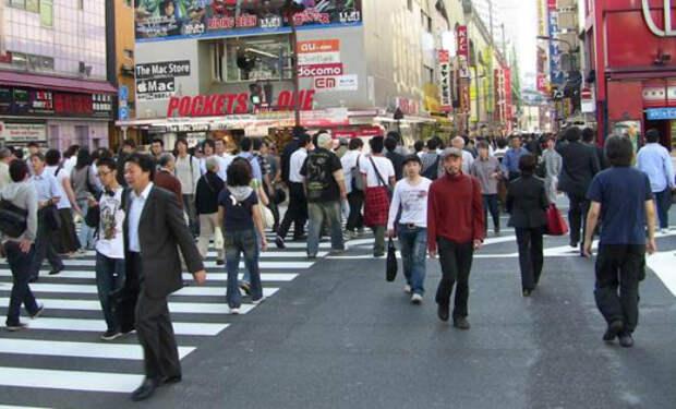 Японцы не любят спортзалы, но при этом все подтянутые. Секрет простой: они ходят пешком