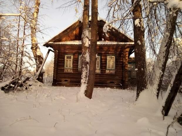 Дом – Заходи и живи  В заброшенной деревне