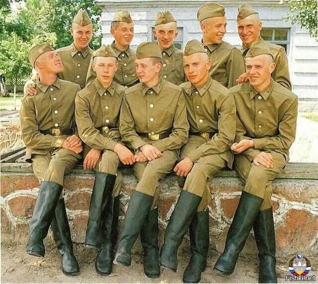 Армия СССР. Фото из интернета.