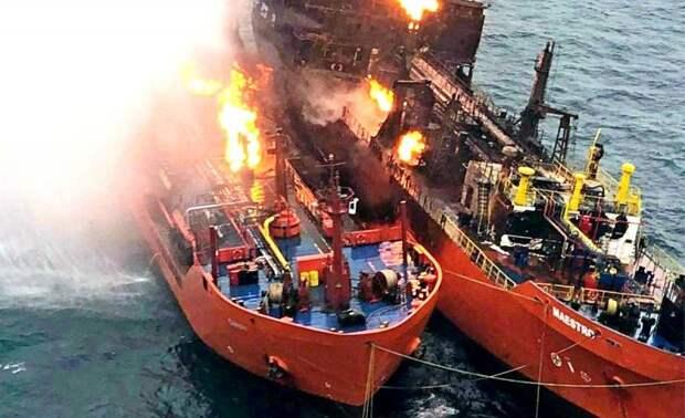 Одно судно взорвано: неизвестные начали атаковать саудовские танкеры в Красном море
