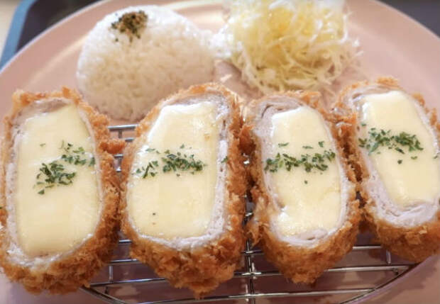 Сырная отбивная: жарим и заправляем плавленым сыром