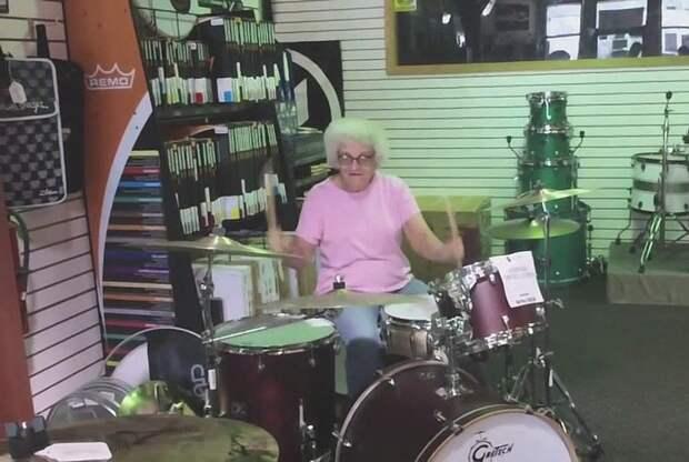 grandmas01 Бабушки с порохом в пороховницах