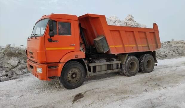 Из Оренбурга за сутки вывезли еще 7,5 тысяч кубометров снега