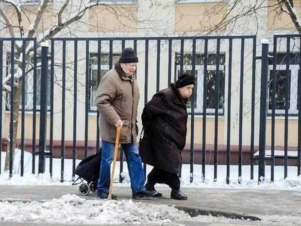 Индексация пенсий: что насчитали в столбик Путин и Голикова