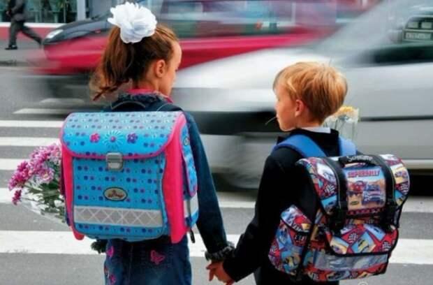 В Крыму водитель мопеда наехал на школьника