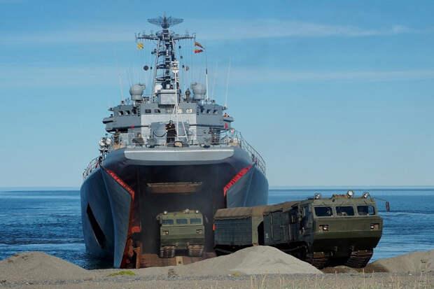 Морпехи Северного флота высадились на тихоокеанском побережье Чукотки