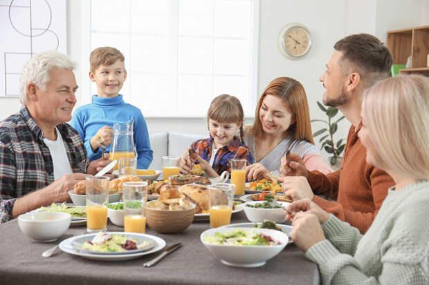 Диетолог посоветовал, какненабрать весвовремя праздников