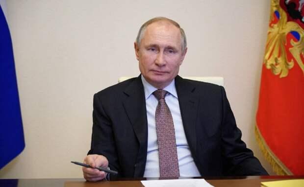 «Последний солдат холодной войны»: немецкий эксперт уверен, что Запад не хочет пугать Россию Путина