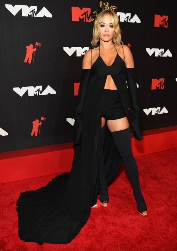 15/32 Rita Ora in Vera WangImage: Kevin Mazur/MTV VMAs 2021/Getty Images for MTV/ ViacomCBS