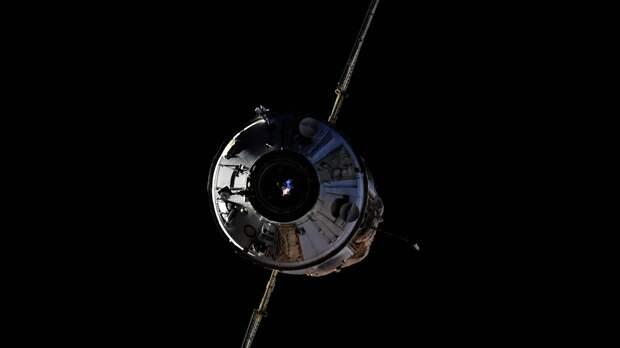 Специалисты на МКС начали разгрузку орбитальной лаборатории «Наука»
