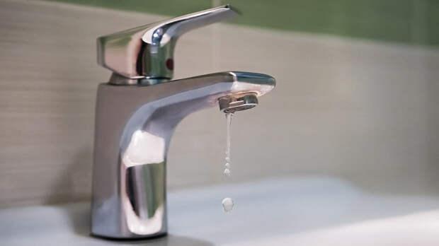 В Керчи из-за аварии без воды остались 15 тысяч жителей