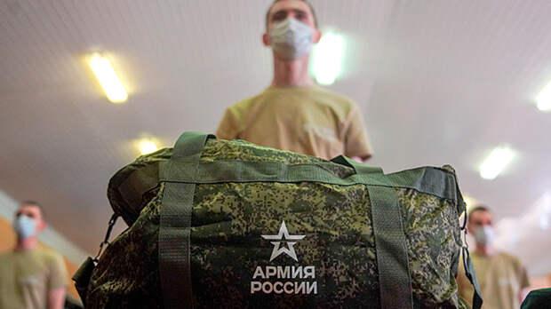 """Его борьба. Сын главреда """"Эхо Москвы"""" пытается дезертировать из армии, симулируя болезни"""