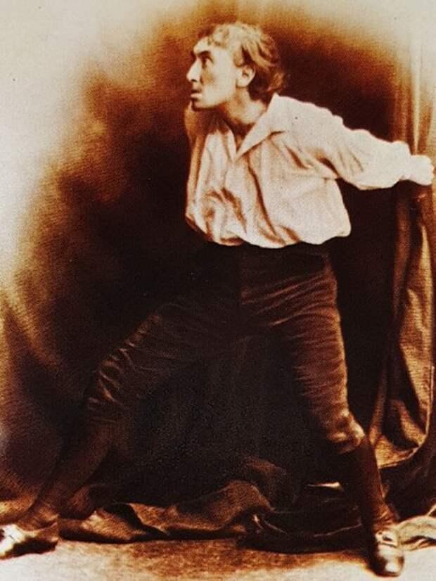 Знаменитый актер викторианской эпохи Генри Ирвинг в пьесе «Бубенцы».