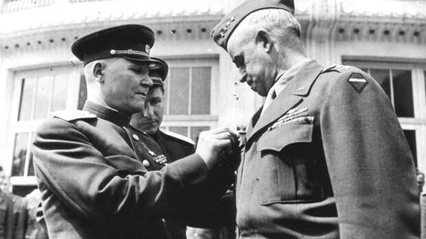 Чем награждали в Советской Армии?