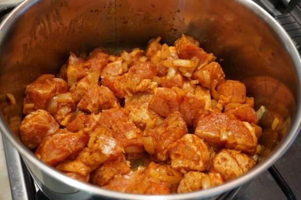 Венгерский гуляш: очень вкусный и ароматный обед для всей семьи