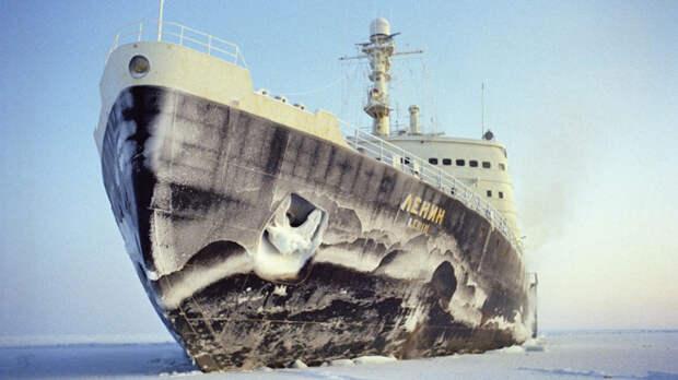 Судно «Академик Мстислав Келдыш» открывает мрачные тайны Арктики