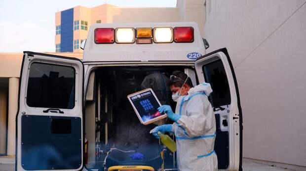 В США выявили более 47 тысяч случаев коронавируса за сутки