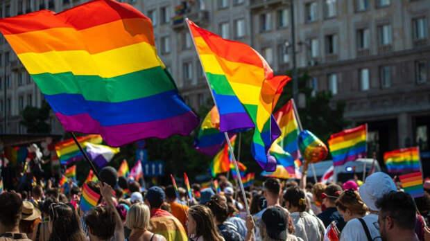 В Варшаве прошел многотысячный ЛГБТ-марш
