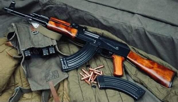 АК-47: как появился лучший автомат своего времени?