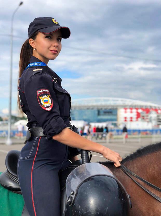Самая красивая женщина-полицейский в России (ФОТО)